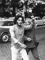 ******** Roma 1968. Manifestazione studenti. La polizia arresta manifestante