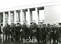 ******** Roma 1968. Manifestazioni universitarie. Polizia in assetto antisommossa