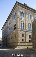 Rossellino, Bernardo (1409-1464) Foreshortened view of side front onto Corso Rossellino